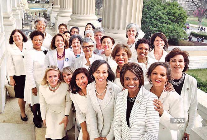 protest-Democratic-congresswomen-in-white