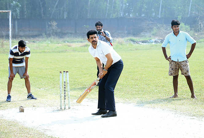 Viineet playing cricket with college kids during a break from his shooting schedule (BCCL)