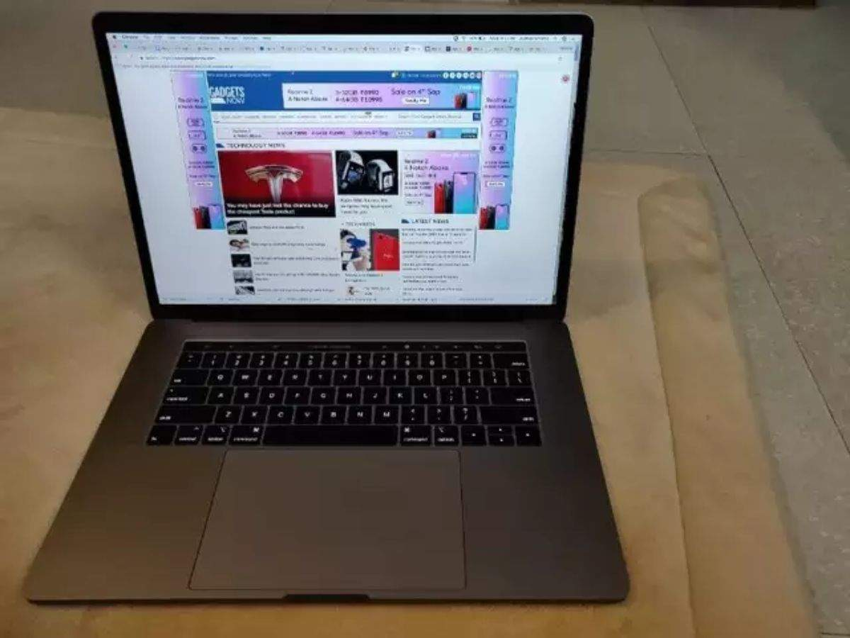 MacBook Pro (15-inch) selling on Amazon at $450 off - Gadgets Now