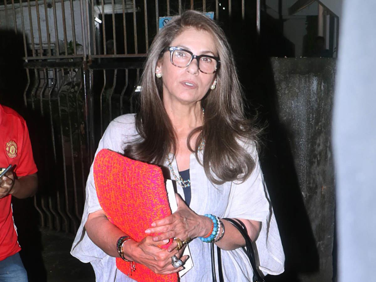 Dimple Kapadia dismisses heath rumours; says ''I'm Alive And Kicking''