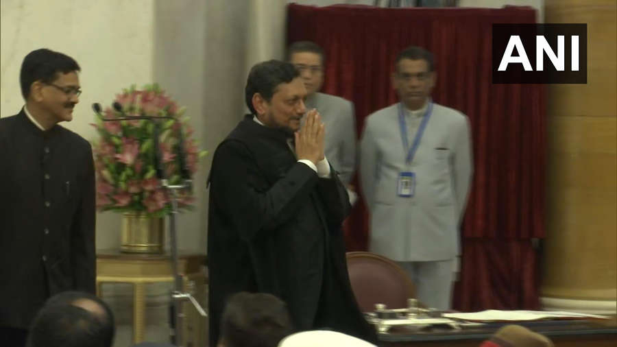 Justice Bobde takes oath as 47th CJI