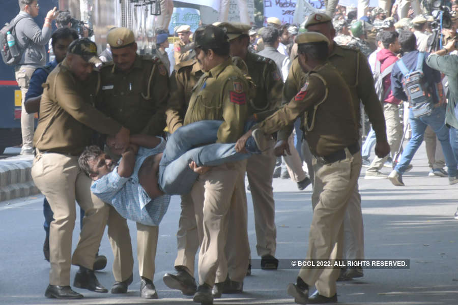 In pics: Scuffle breaks out between JNU students and Police