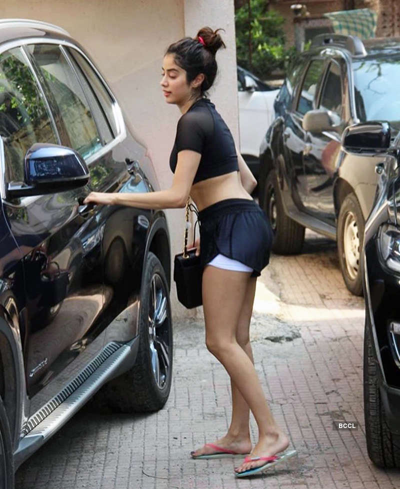 Janhvi Kapoor steps out in style in shorts, see pictures