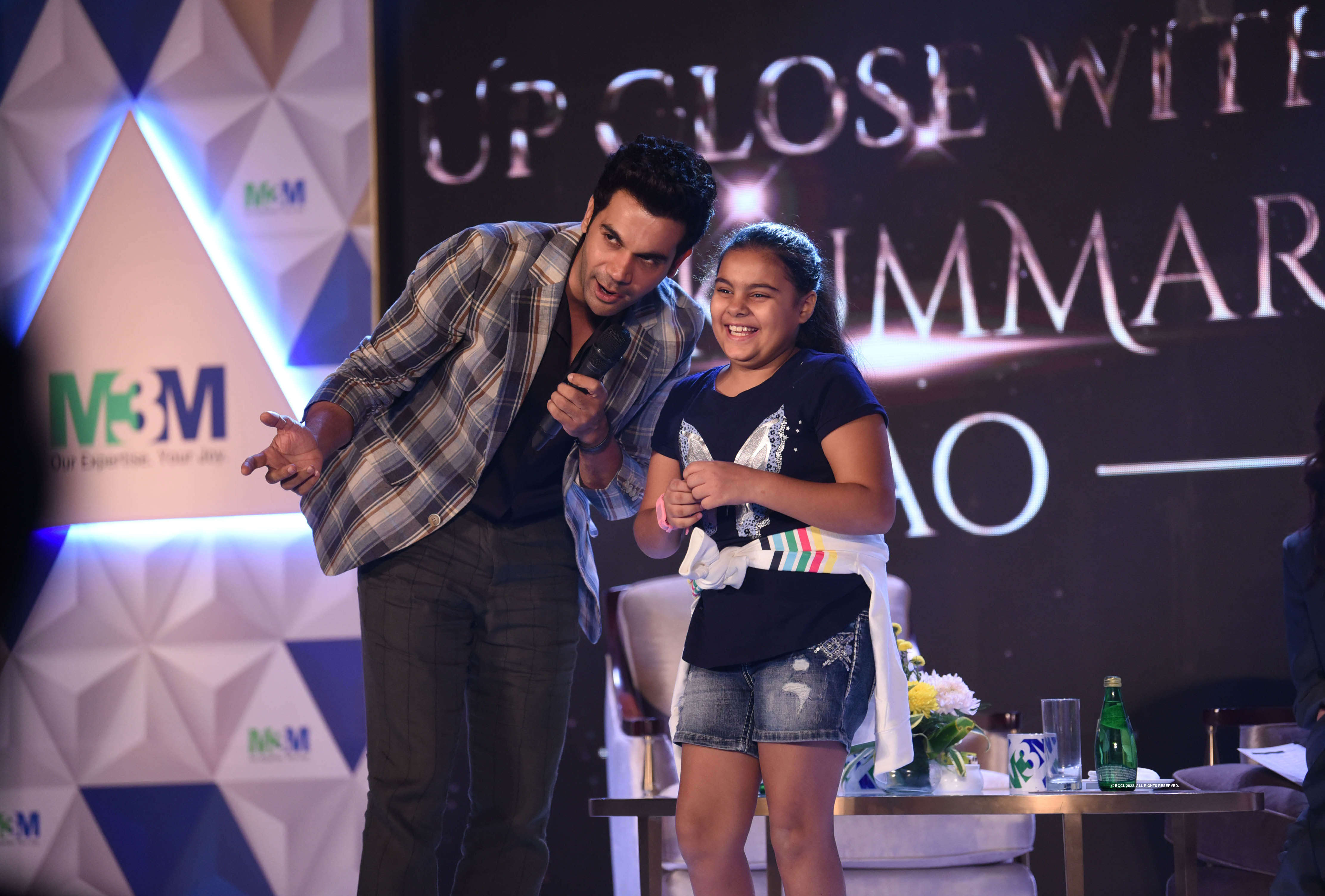Rajkummar interacts with a young fan