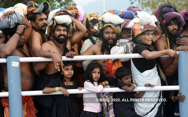 Sabarimala: Over 30,000 devotees offer prayers, 12-year-old girl sent back