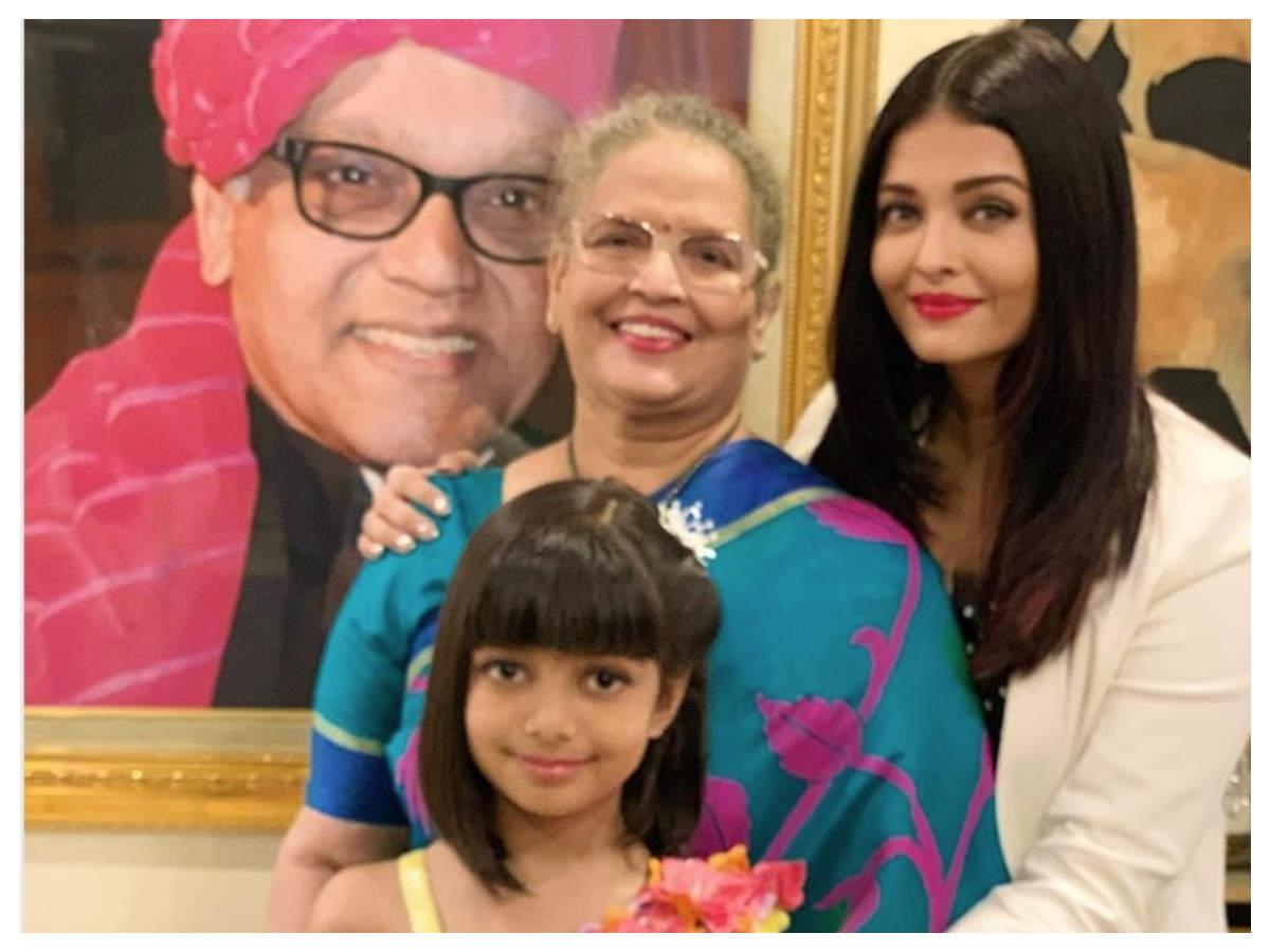 Aishwarya rai father and mother photo