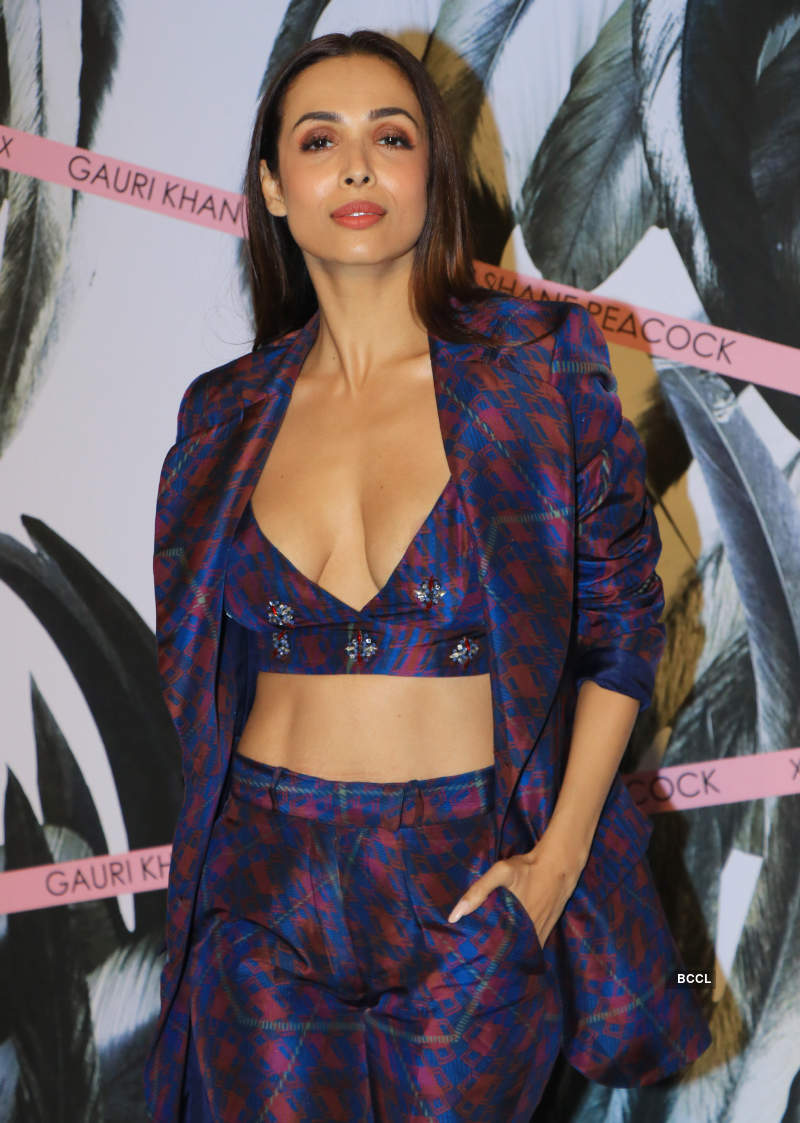 Malaika Arora makes heads turn with her stunning bold avatar, see pictures