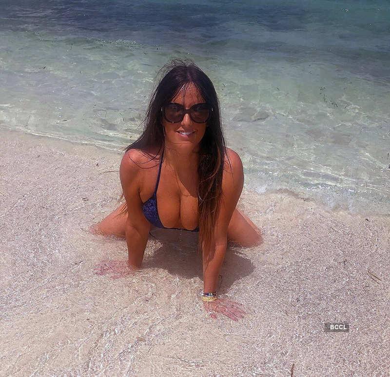 Model Claudia Romani's bikini pictures are sweeping the internet