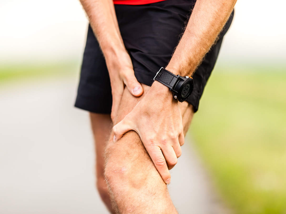 Knee Pain Home Remedies: 7 Best Home Remedies to Get Rid of Knee Pain  Naturally