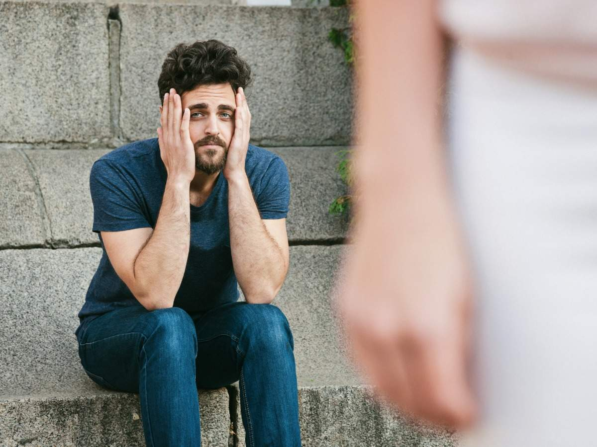 7 things that make men feel insecure in a relationship | The Times of India