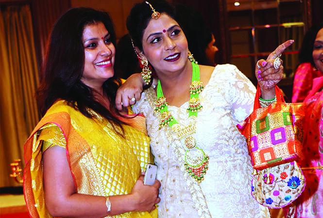 Sugandha Srivastav (L) and Pooja Jaiswal (BCCL/ Unmesh Pandey)