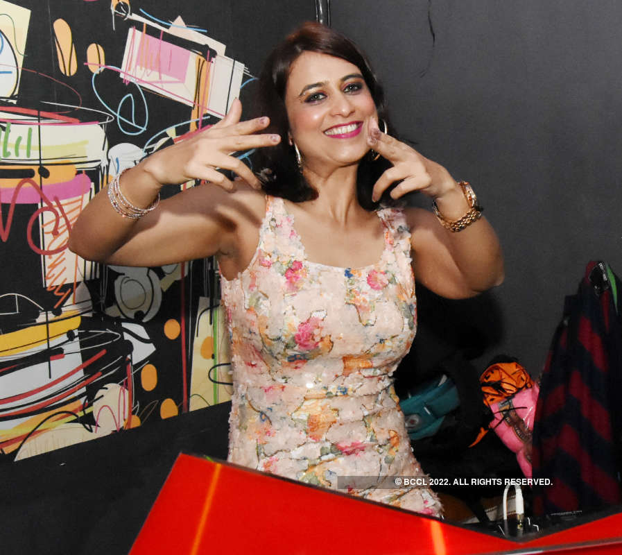 A fun-filled Saturday party for revellers