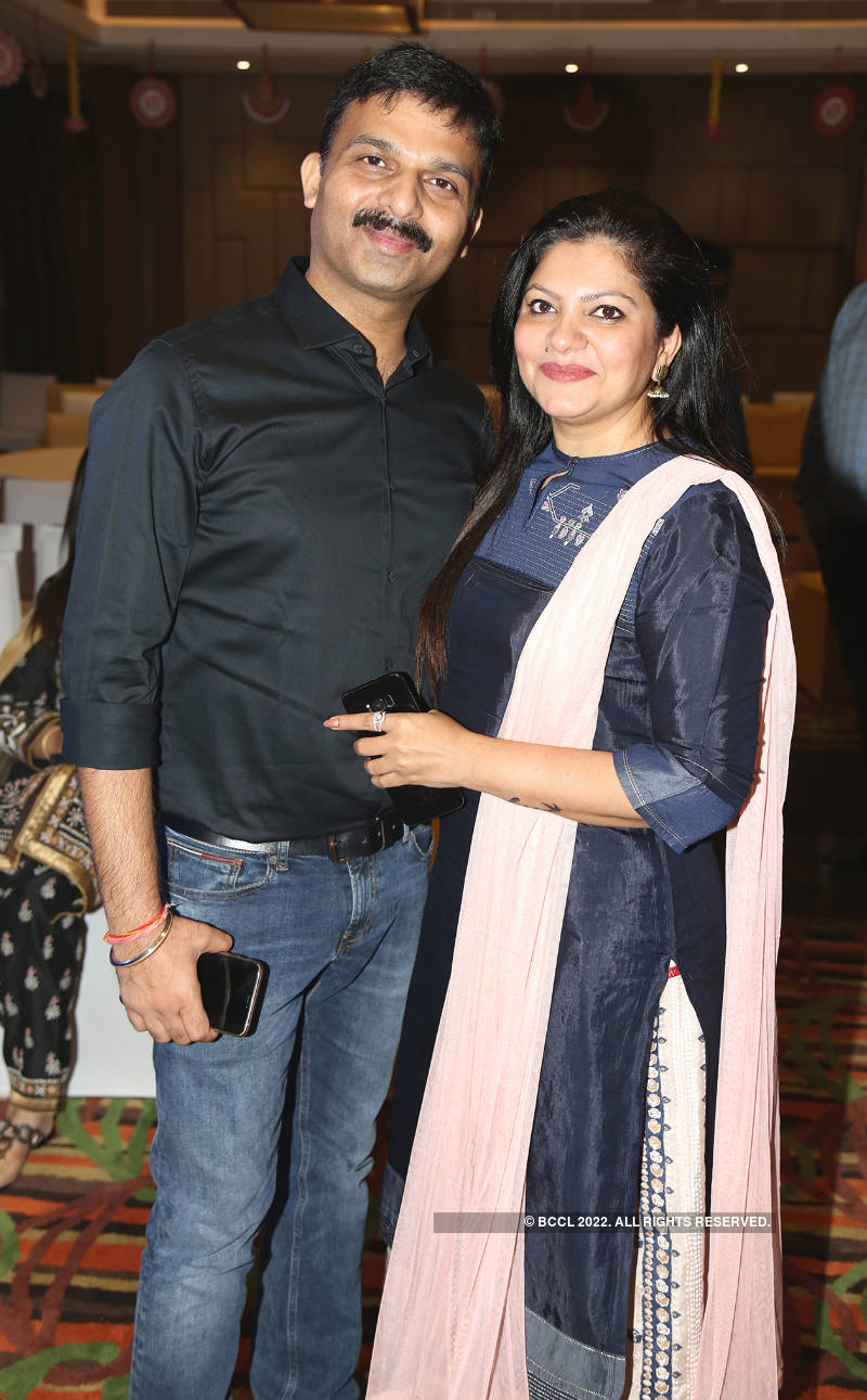 Lucknowites have a gala time at this fun-filled party