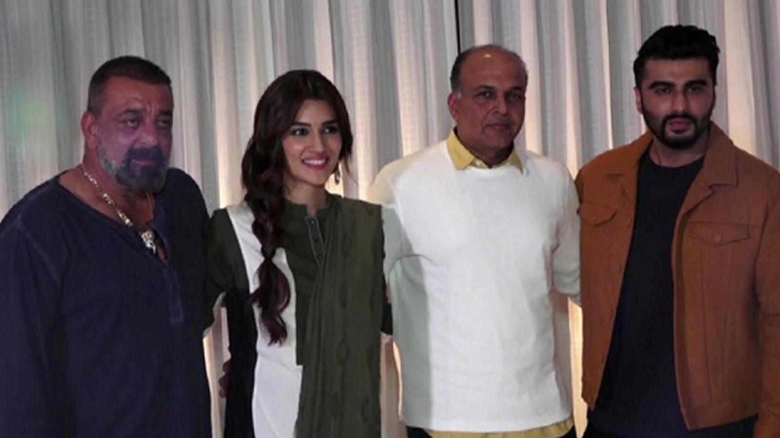 Sanjay Dutt, Arjun Kapoor, Kriti Sanon are busy promoting 'Panipat'
