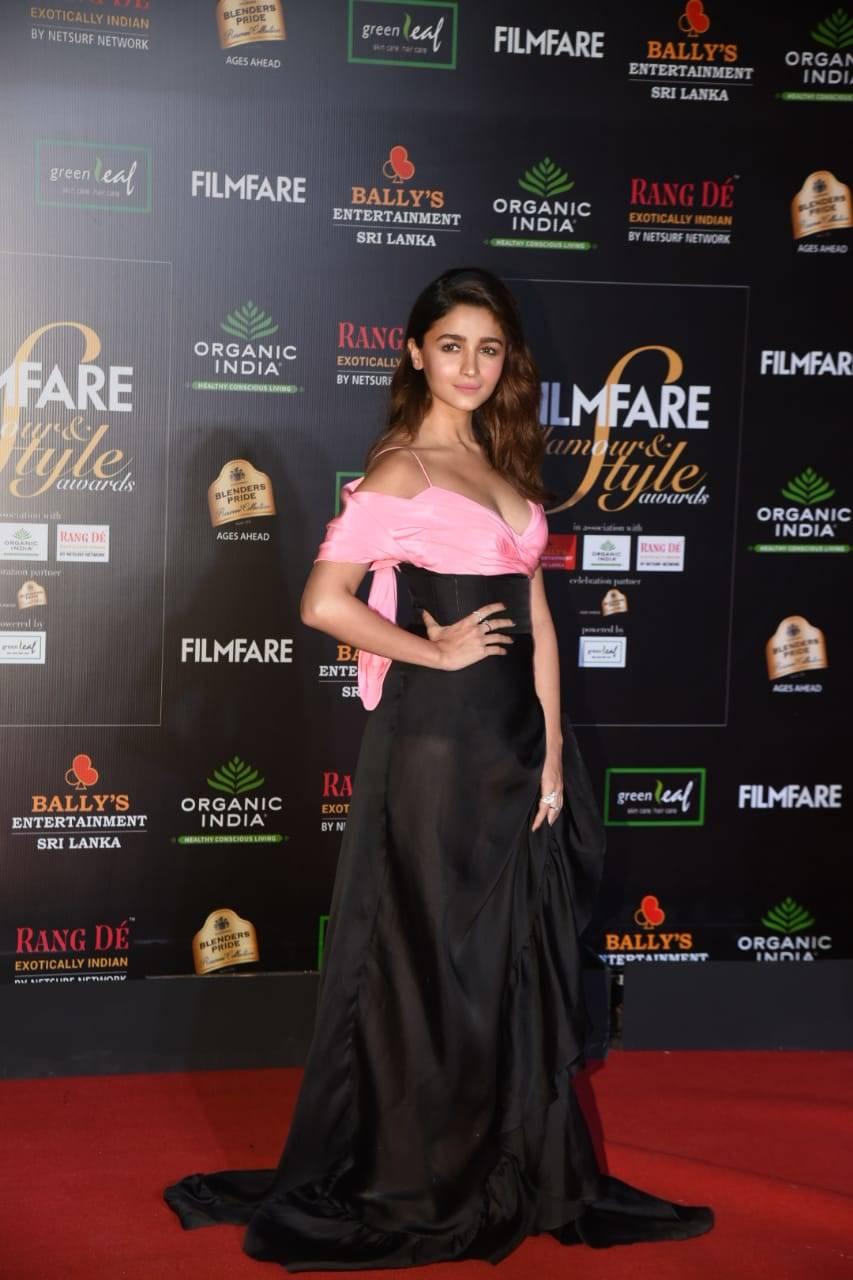 Filmfare Glamour & Style Awards (4).