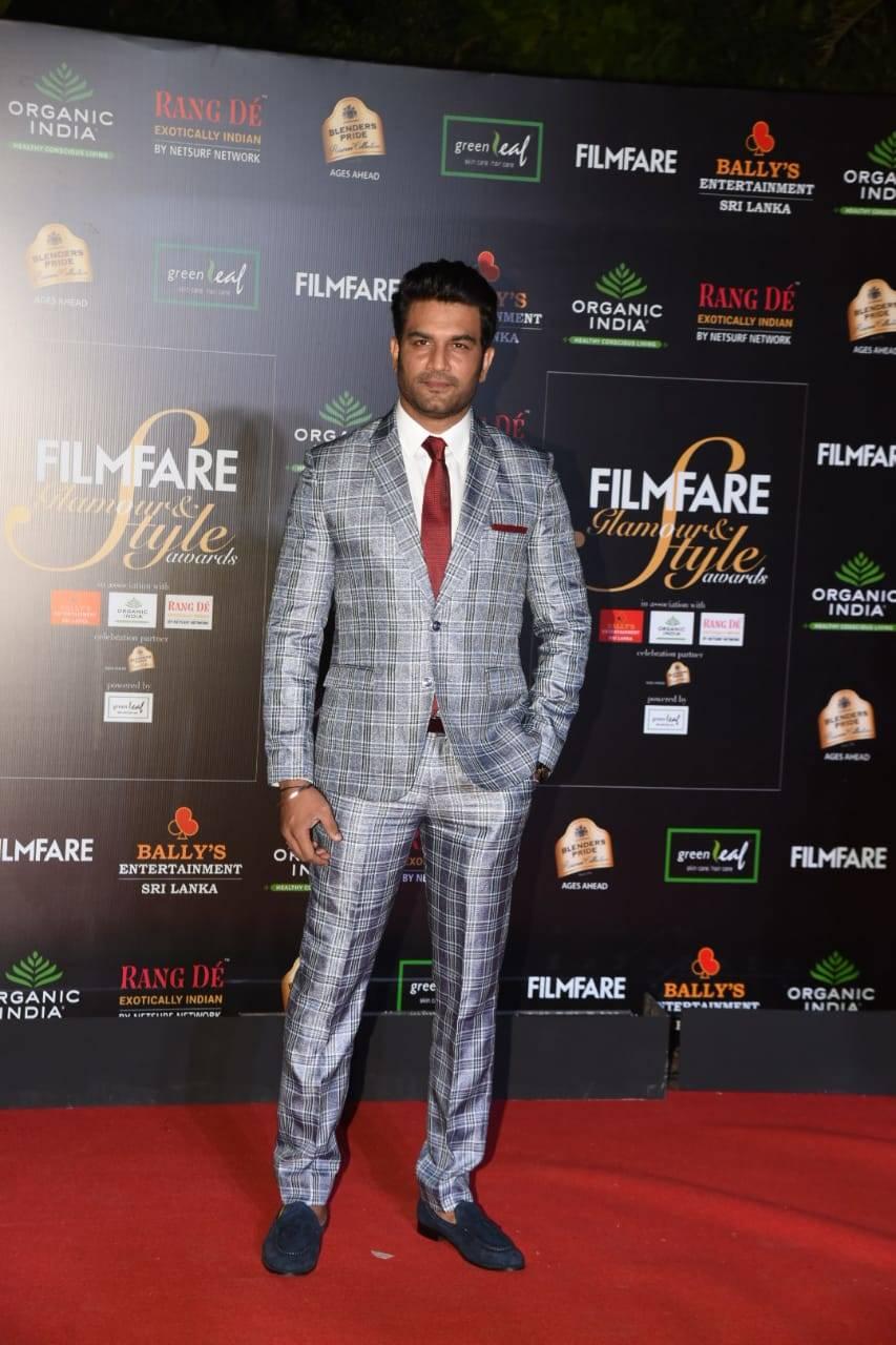 Filmfare Glamour & Style Awards (8).