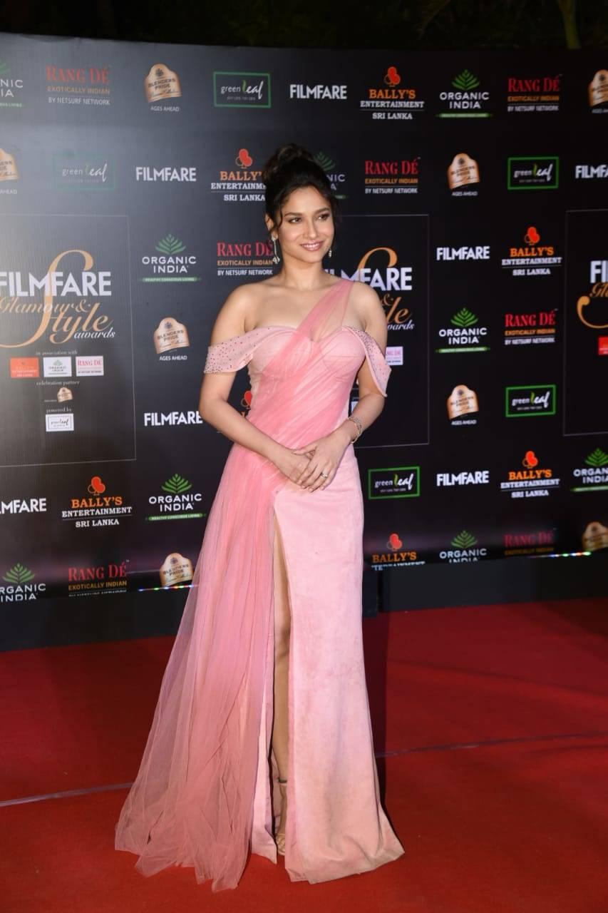 Filmfare Glamour & Style Awards (17).