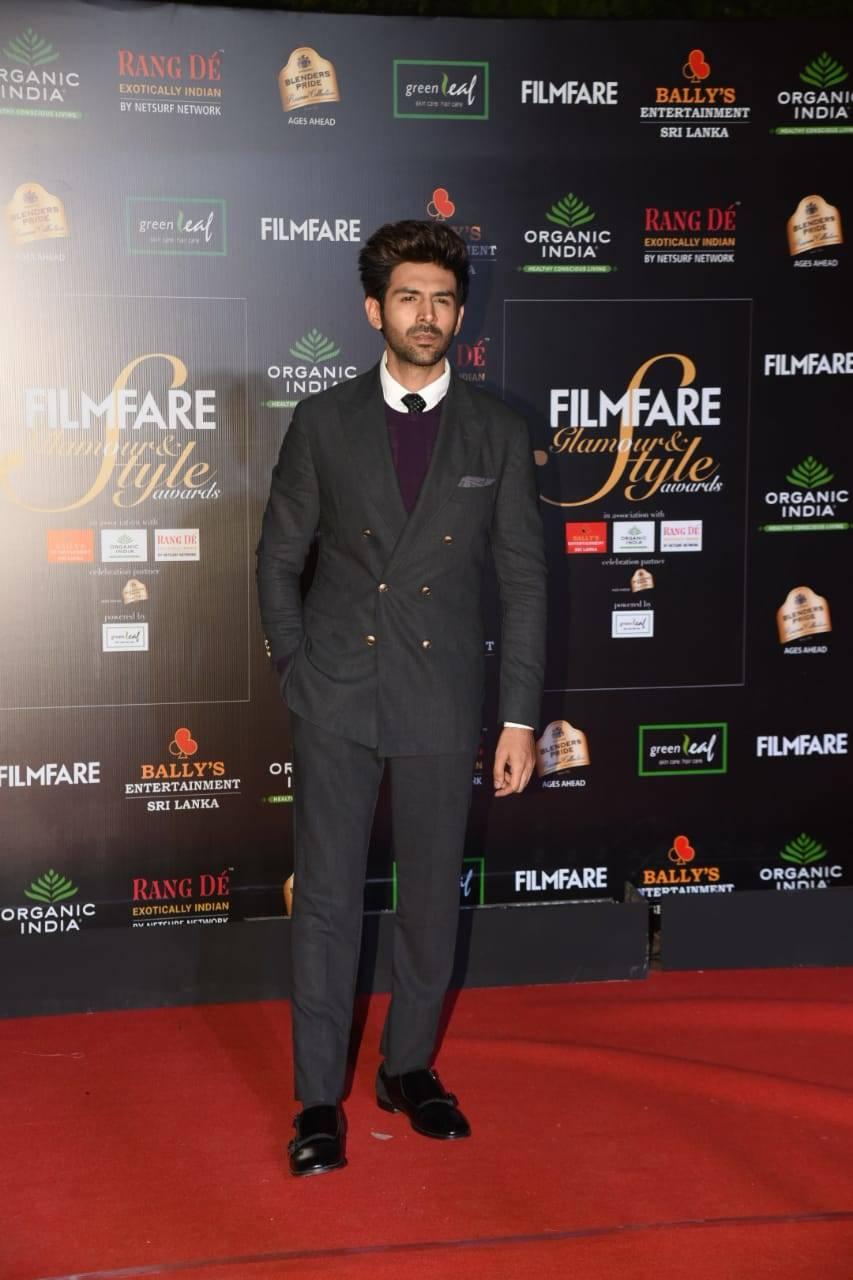 Filmfare Glamour Awards (6).