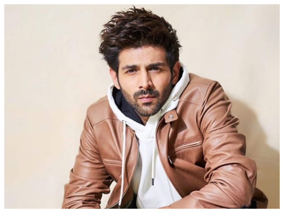 Kartik Aaryan becomes the first Indian actor to get his own Instagram filter!