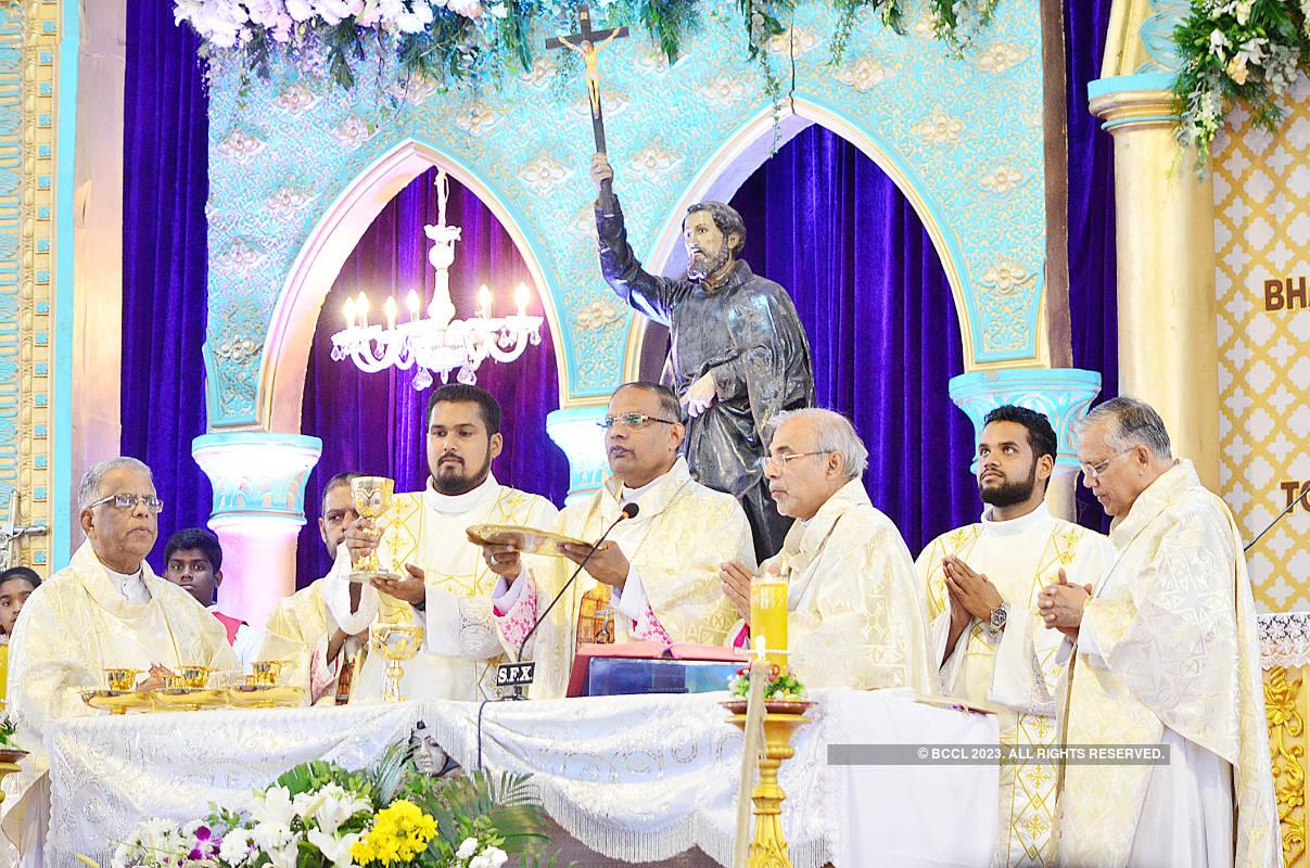 Thousands of pilgrims throng Old Goa to honour Goencho Saib