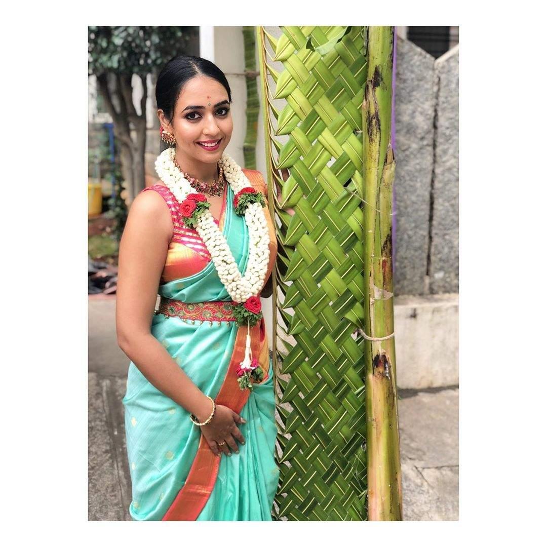 Hitha Saree