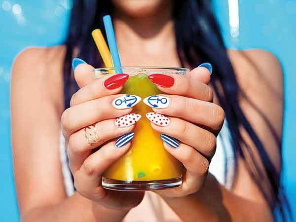 navy-nails2