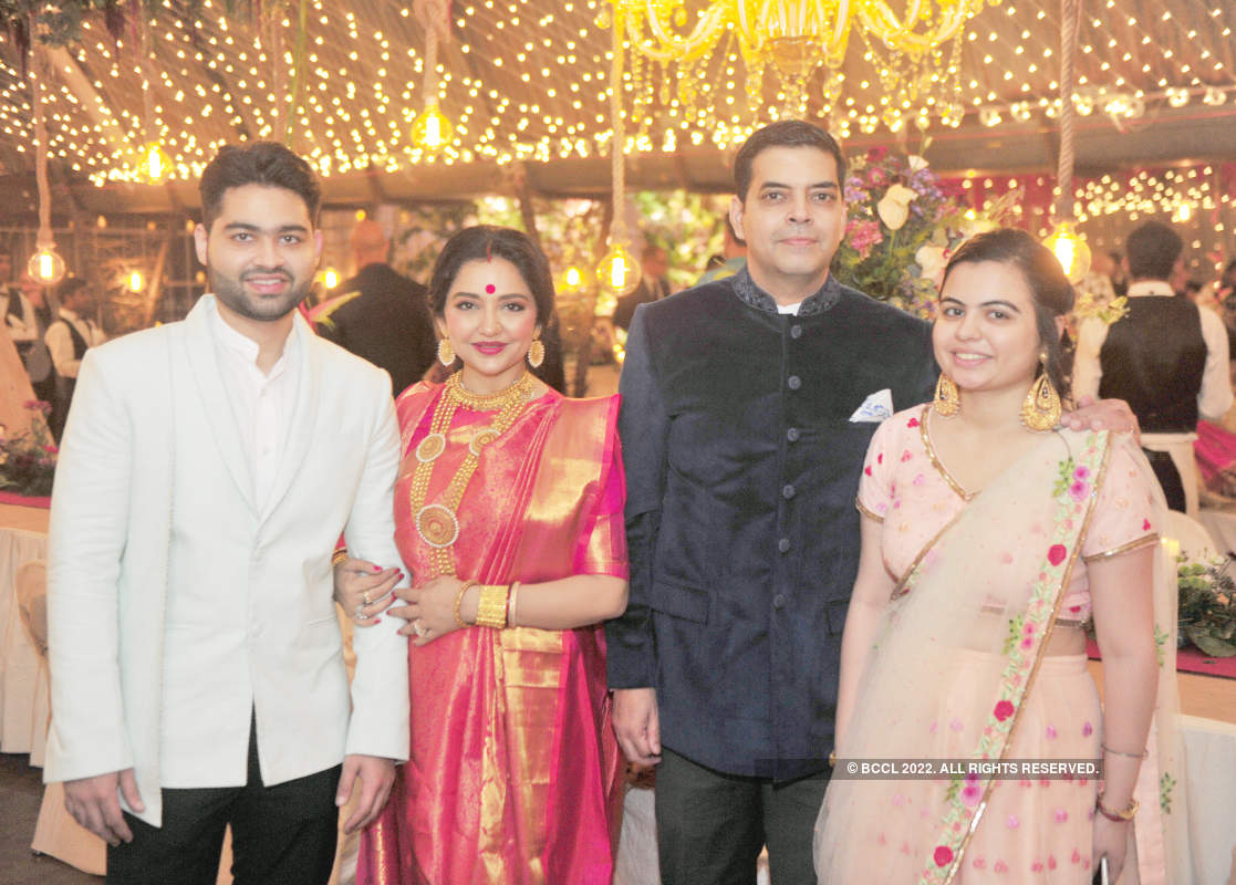 Who's who of the city attends June and Saurav's wedding reception