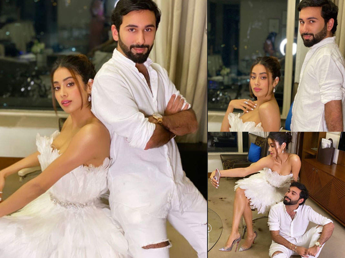 Photos: Janhvi Kapoor gets all filmy as she poses with her bestie
