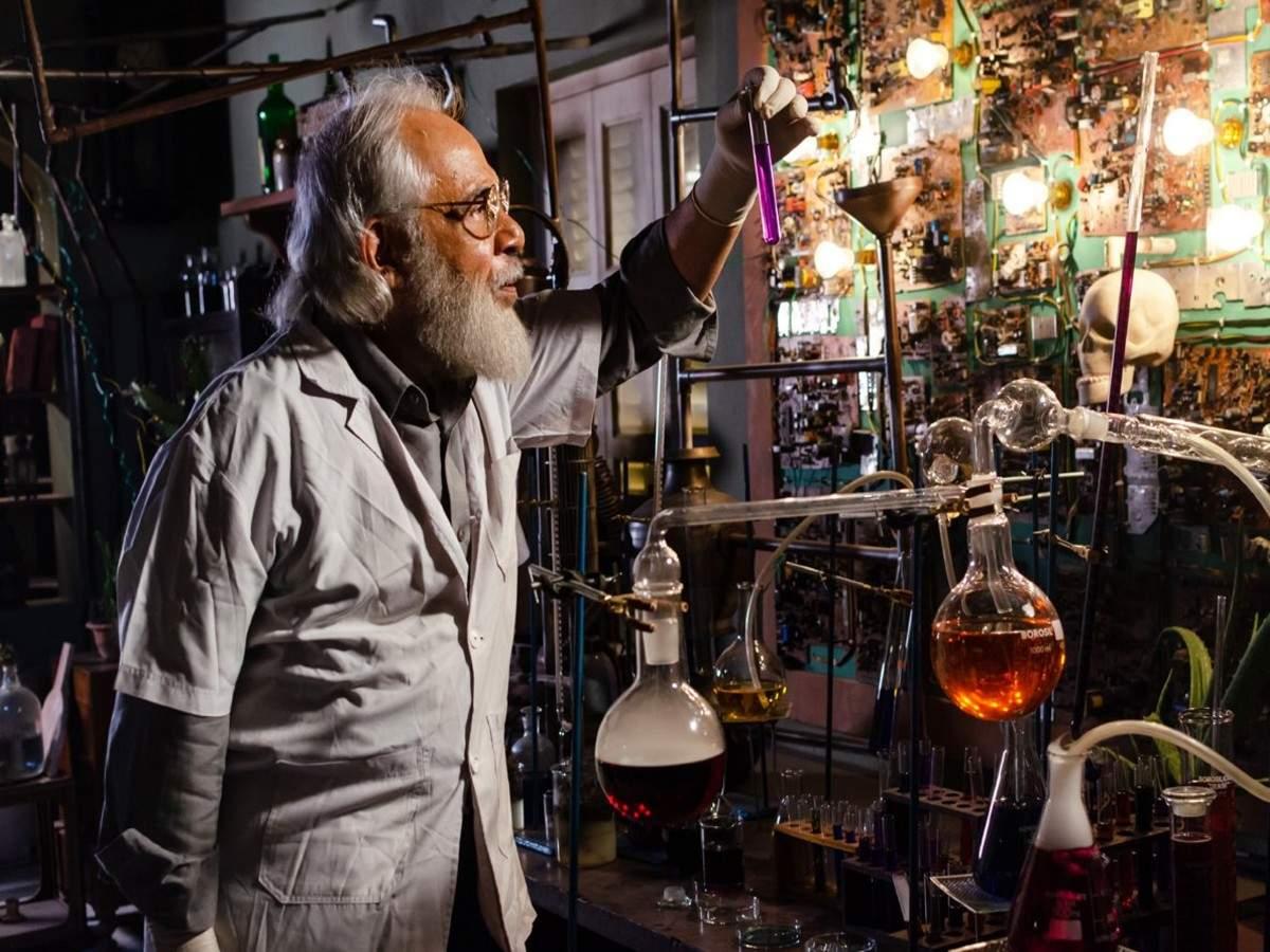 Professor Shonku (2)
