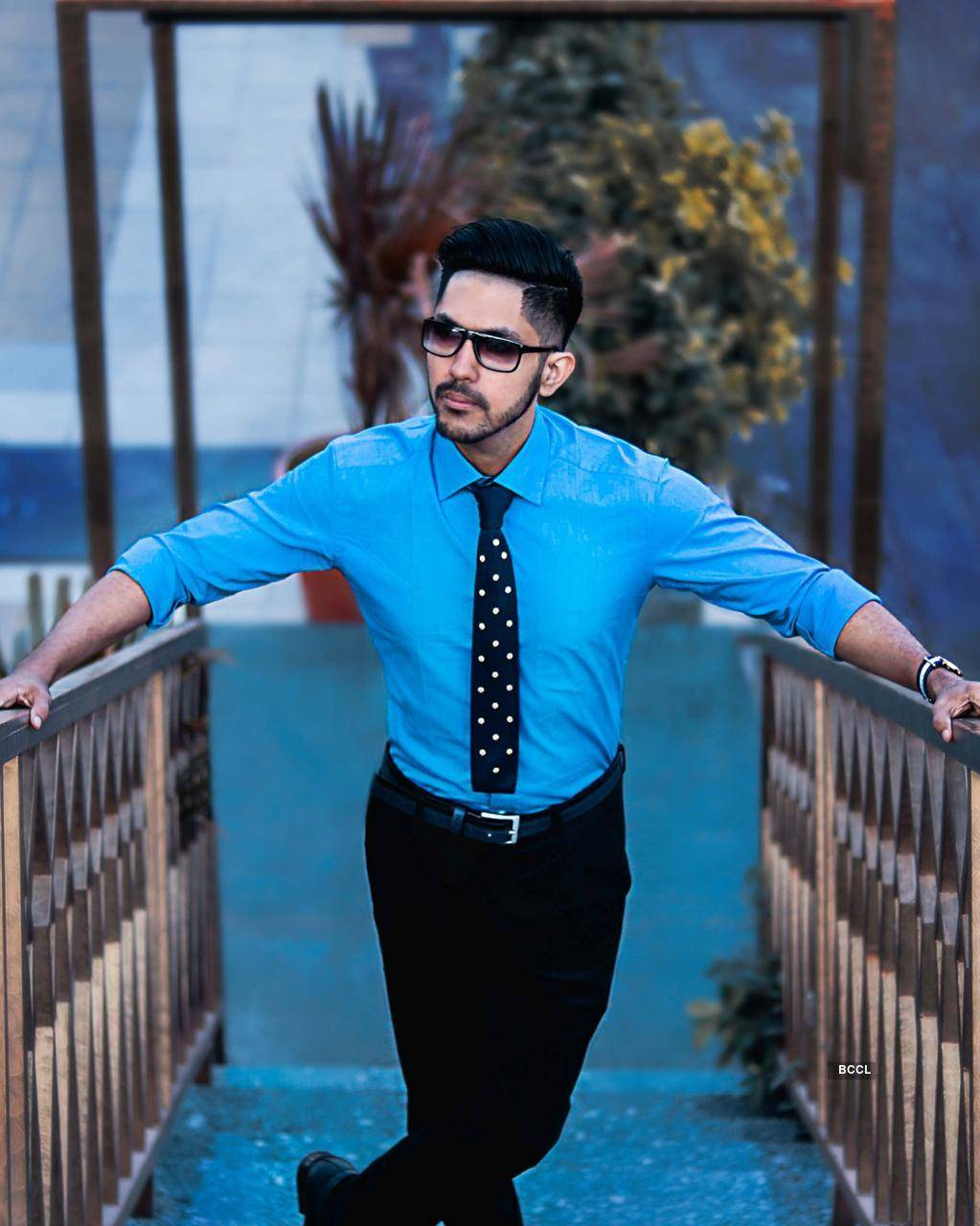 TV actor Kuldeep Singhania looks classy and suave in his latest photoshoots
