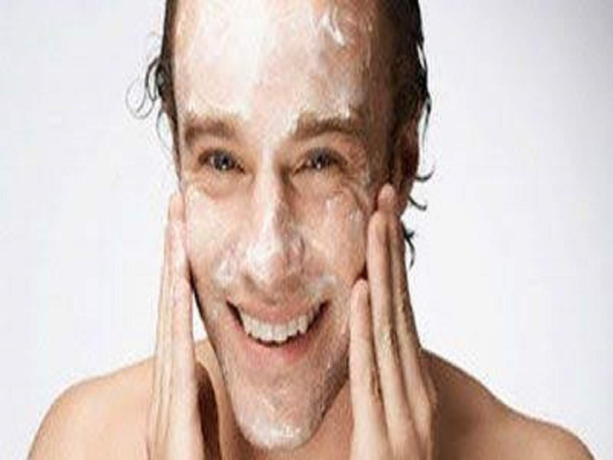 Face scrub for men: Remove dirt, impurities and dead skin