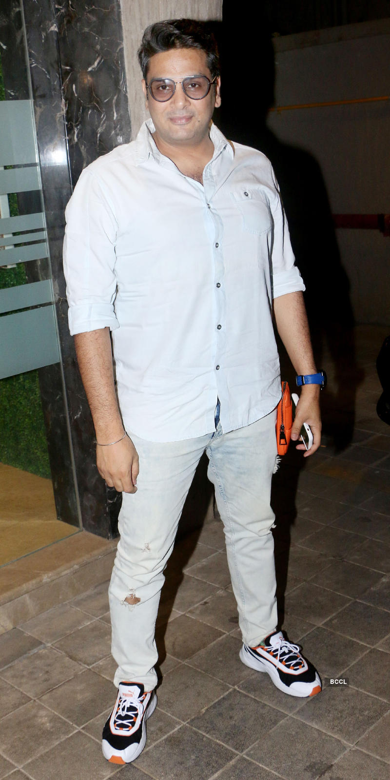 Viral pictures of Hrithik Roshan, Deepika Padukone & other B-Town stars at Rohini Iyer's house party