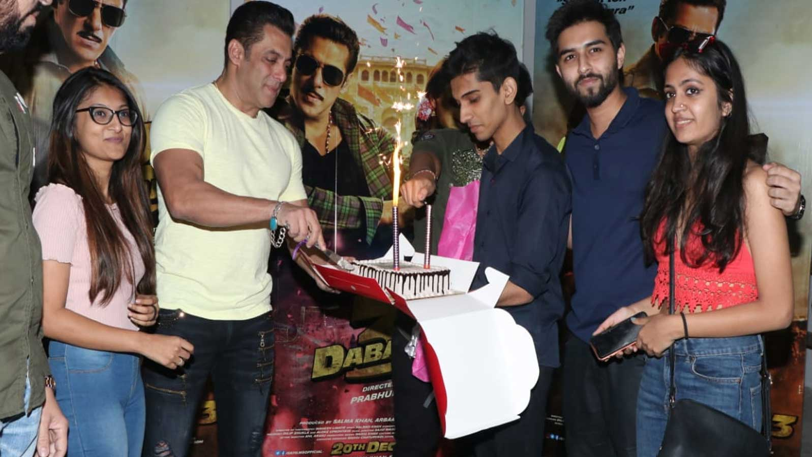 Salman Khan cuts cake with fans ahead of his birthday and 'Dabangg 3' release