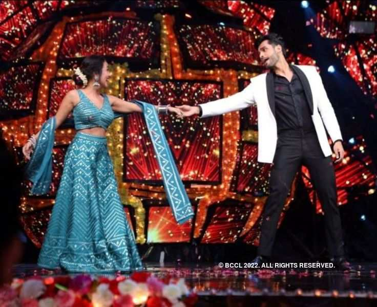 Rohit Khandelwal promotes his new song on popular reality show