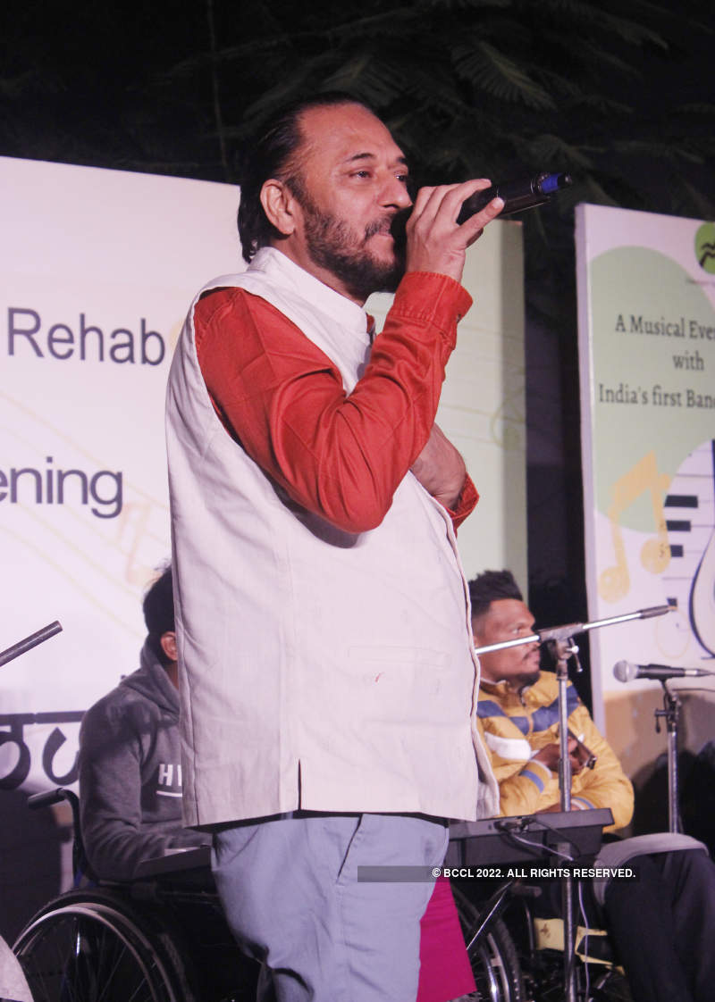 Tochi Raina performs with a unique music band