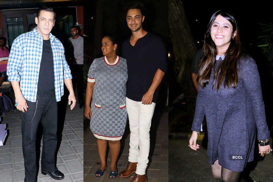 Salman Khan, Karan Johar, Riteish Deshmukh, Ekta Kapoor & others attend Arpita Khan's Christmas party, see pics...