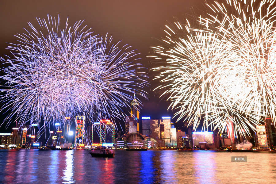 Pictures of 20 international destinations to celebrate New Year 2020