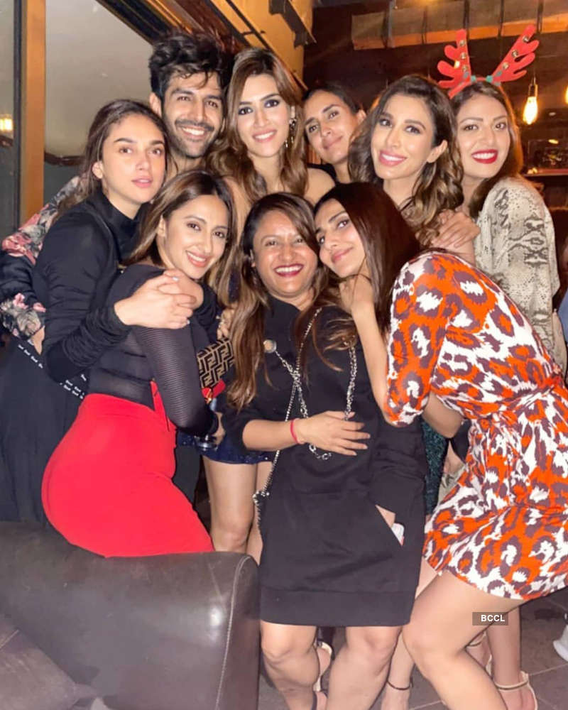 Rakul Preet & Bhumi Pednekar make heads turn at Jackky Bhagnani's starry birthday party