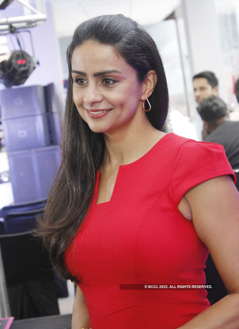 Gul Panag graces the launch of a campaign