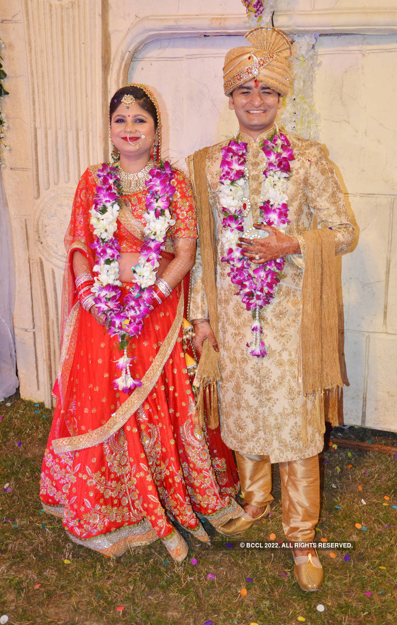 Ayushi and Satyam Srivastava's grand wedding celebration