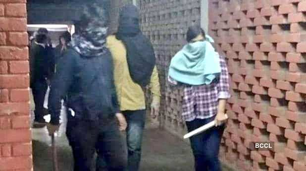 JNU Attacks: Pictures of how masked assailants attacked students & teachers at JNU