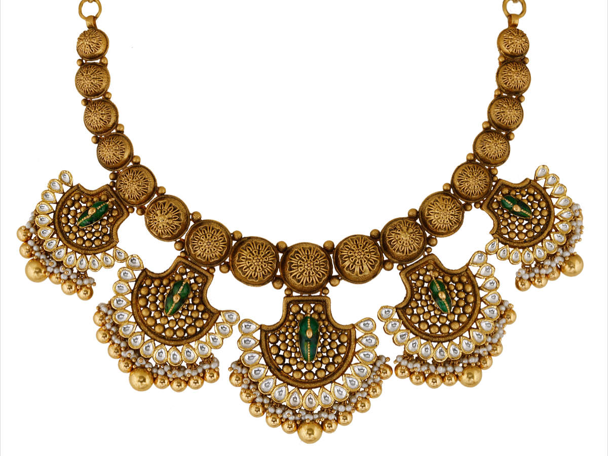 Gold jewellery by Mahesh Notandass