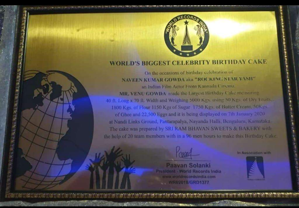 Astonishing Yash Fans Celebrate His Birthday With A Massive 5000 Kg Cake And Funny Birthday Cards Online Barepcheapnameinfo