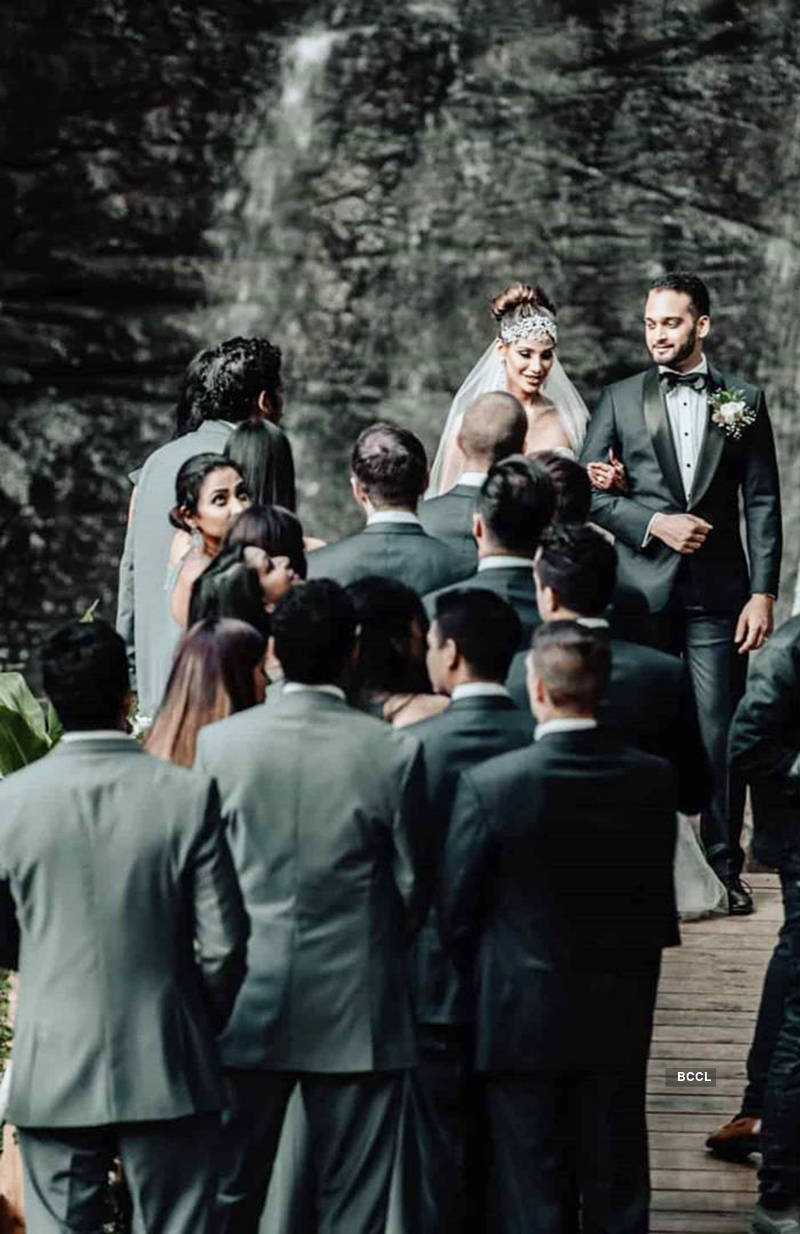 First pictures from actress and Miss Earth 2010 Nicole Faria's wedding...