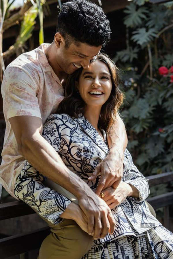 Farhan Akhtar and Shibani Dandekar to tie the knot in 2020, says report