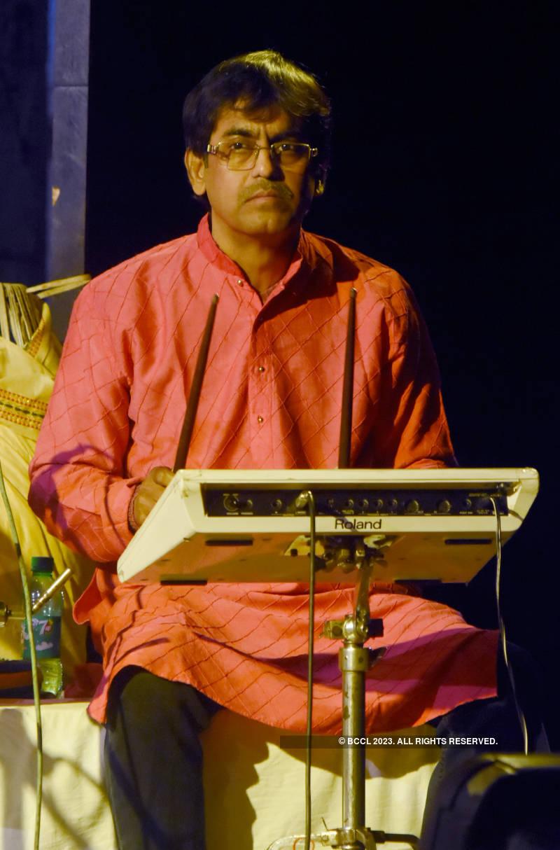 Musicians perform at the Teen Kobir Gaan
