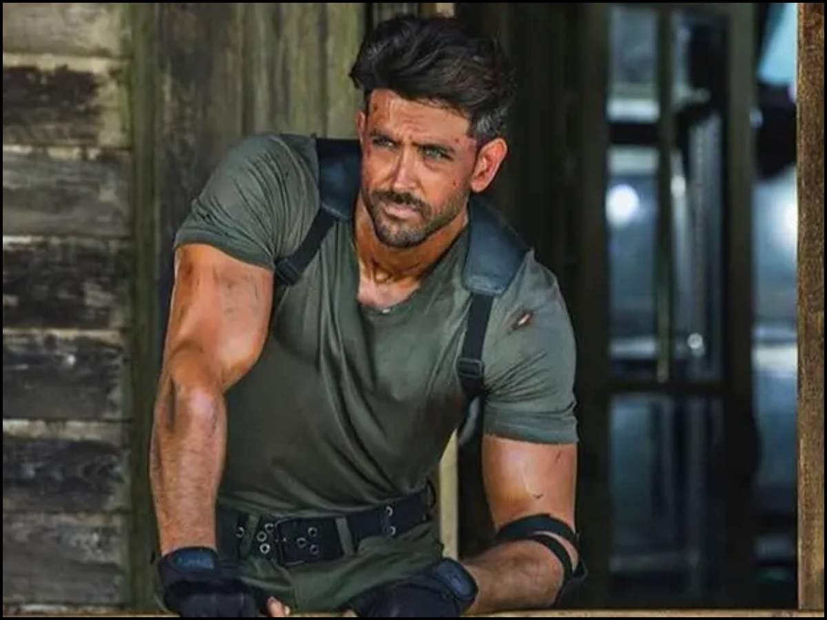 From Chocolate boy to Greek God of Bollywood: Here's celebrating 20 years of Hrithik Roshan  | The Times of India