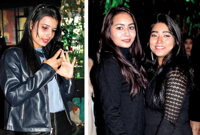 (L) Anjali (R) Farisha and Sark (BCCL/ Arvind Kumar)