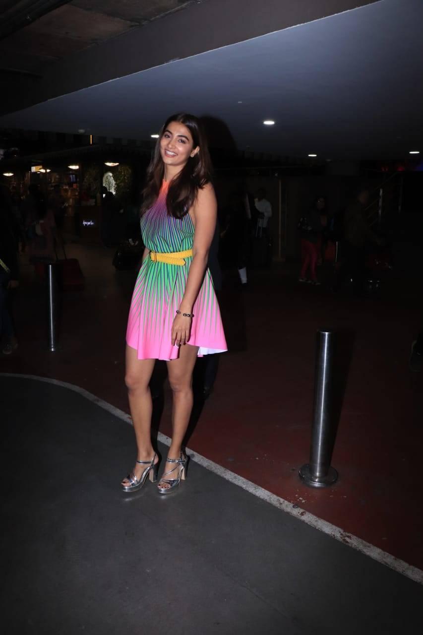 Pooja Hegde (2).