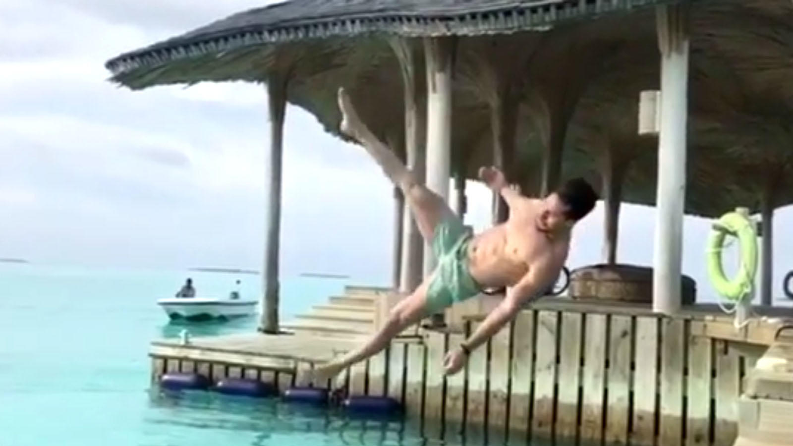 Watch: Tiger Shroff's perfect side flip will leave you stunned!